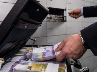 Svizzera e antiriciclaggio: fuori avvocati e consulenti