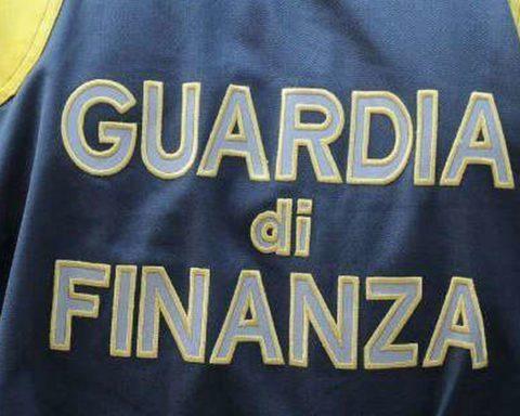 Arresti a Milano: Truffa e autoriciclaggio!