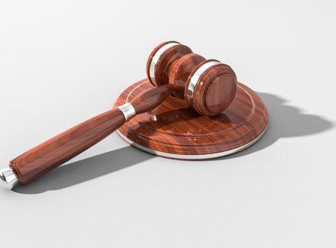 Procedimento giudiziario e rischio alto
